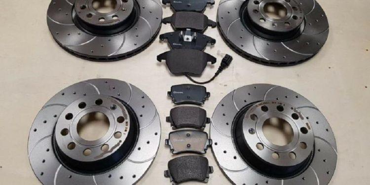 Замена тормозных дисков на Шкода Кодиак, передние, задние